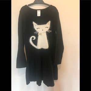 Sweater dress with kitty.  Size 8